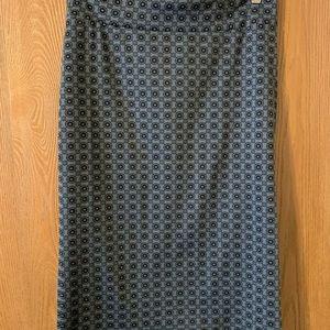 Gray and black pencil skirt